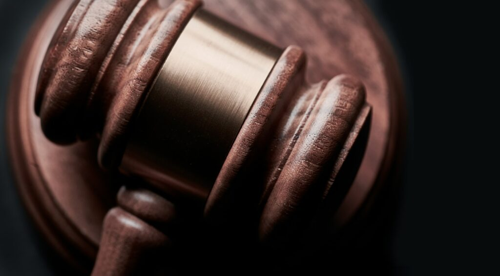 how to pick the right divorce attorney