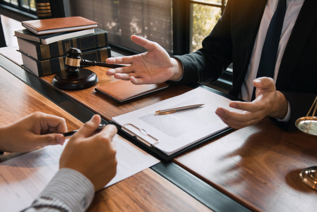 Who Pays the Attorney Fees in a Divorce in Tennessee?